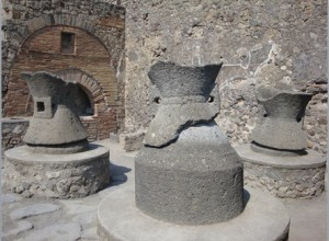 graanmolens in bakkerij in Pompeii